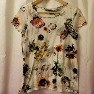 Vera Wang floral blouse size M